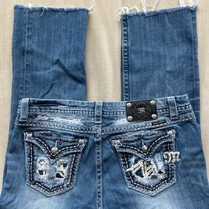 EUC. Miss Me Cropped Jeans